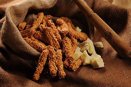 Μπατονέτες Τυριού--mini breadsticks with cheese